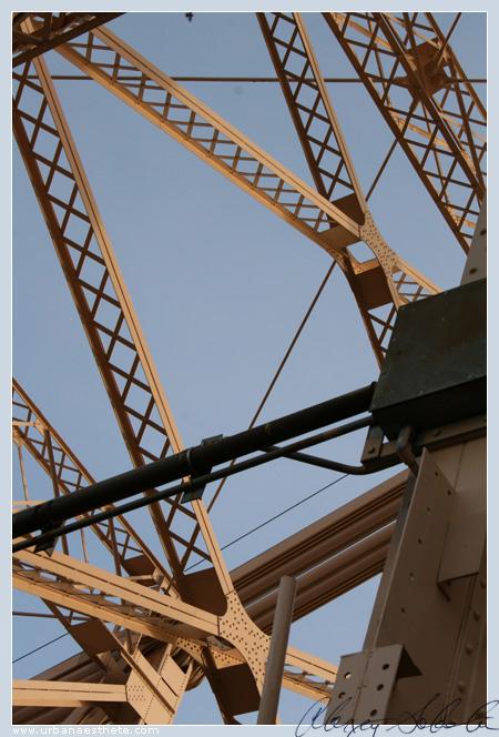 vertigo 1.jpg