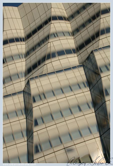 Frank Gehry's IAC 7